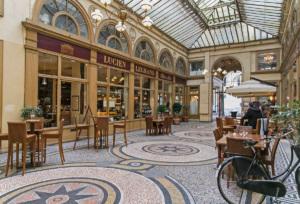 7 secret passages hidden in Paris