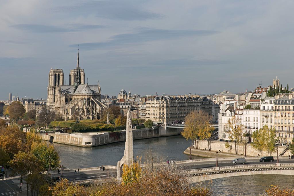 Notre-Dame Ile St-Louis Paris