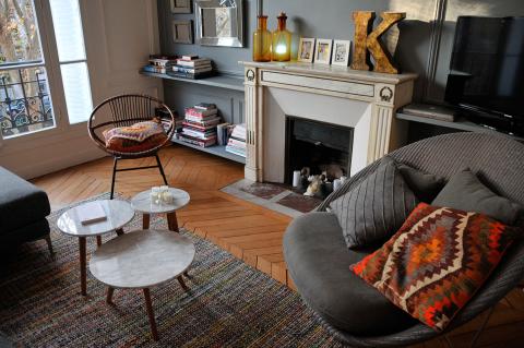 8 propri taires parisiens ouvrent leur porte int rieurs for Appartement meuble nancy