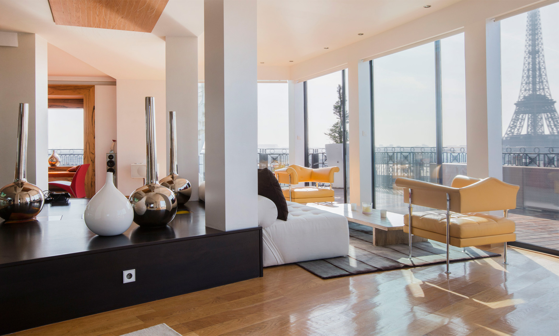 about book a flat paris. Black Bedroom Furniture Sets. Home Design Ideas