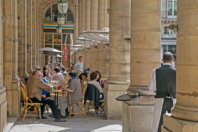 Le Nemours Cafe