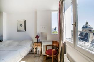 Furnished apartment Rue des Beaux Arts Paris