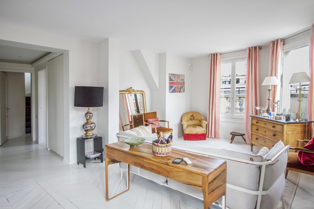 Apartment Rue Mézières