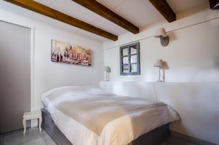 Bedroom dressing-room furnished apartment PAris Avenue Général Leclerc