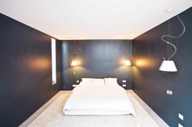 bedroom furnished loft with patio Paris Rue du Faubourg Poissonnière