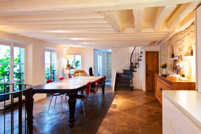 rental furnished house Paris 6 Rue des Saints-Pères