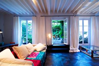 Living room apartment Paris 6