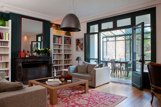 Sitting room furnished house Paris rue Louis David