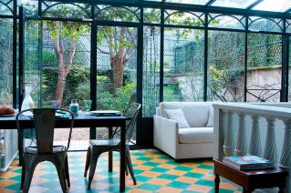 House with garden Paris Trocadero