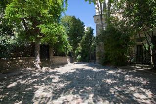 Avenue Frochot Paris houses
