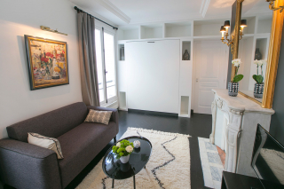studio for rent Paris 8th arrondissement