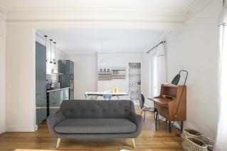 furnished apartment neighbourhood republique Paris rue faubourg du Temple