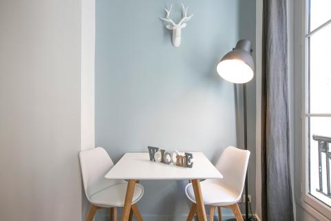 decorate paris apartment 2nd arrondissement