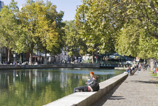 live in neighbourhood Canal saint-Martin Paris