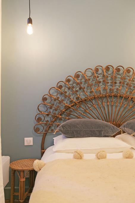 wicker headboard bedroom furniture Paris vintage retro