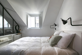 furnished studio under the eaves Paris