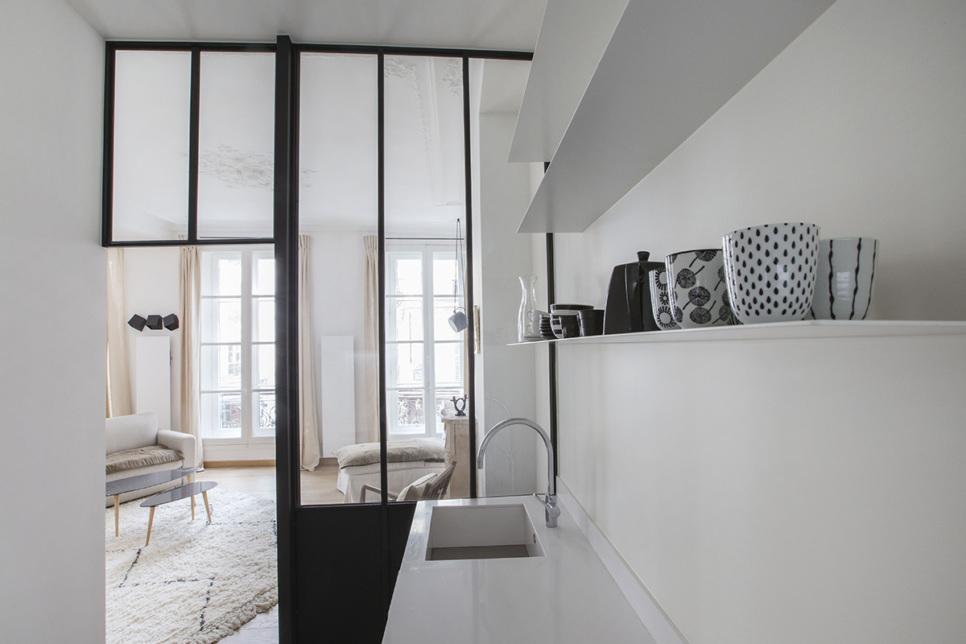 Cloison de verre deux-pièces meublé Paris