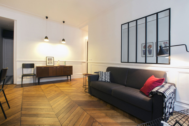 Furnished rental with glazed partition Paris St-Georges
