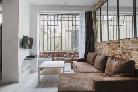 glass panelled external wall living room Paris