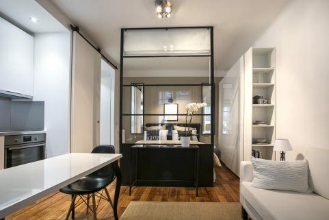 parisian studio apartment with glazed partition