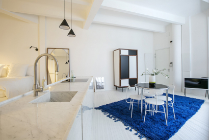 white marble kitchen studio Paris