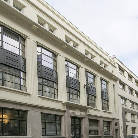 building façade Leon Schneider