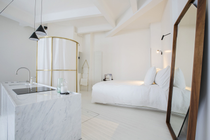 Studio loft Paris rental