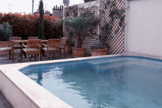 rooftop rental with swimming pool Paris