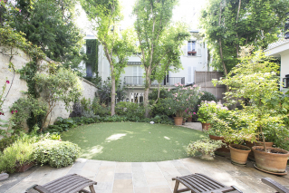 Rental with garden 4 bedroom apartment in Paris