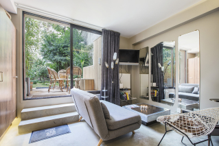 rental apartment with garden Paris 11th