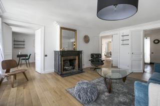apartment two bedrooms Paris 1st