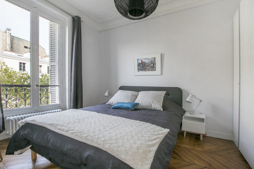 two-bedroom apartment Children's bedroom and master bedroom Paris flat