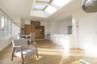 open-plan kitchen apartment for rent Paris 7th