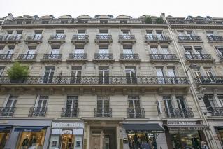 furnished studio Rue Marbeuf Paris 75008