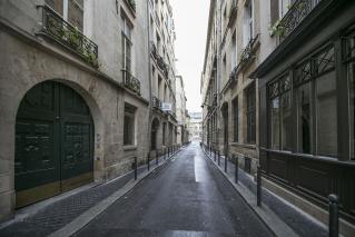 furnished rental Rue Séguier Paris 6th
