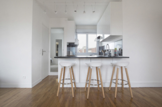 fully equipped kitchen renovation apartment Paris
