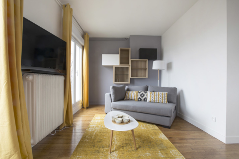 living in Paris furnished apartment wooden floors
