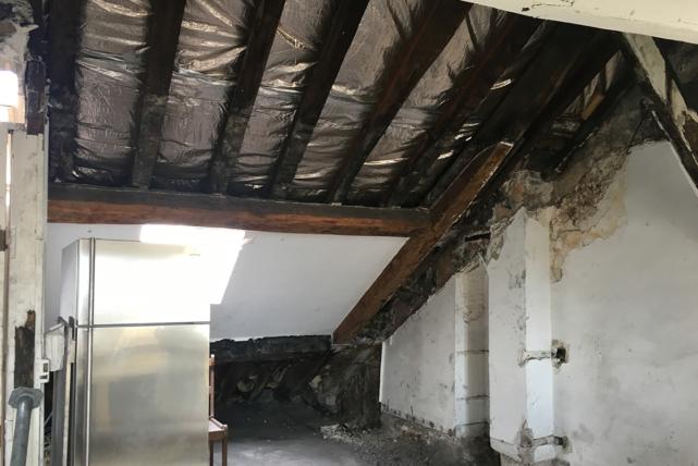 beneath the eaves apartment in Paris rental