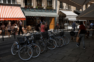 Gastronomic places in Saint-Germain-des-Prés, Paris