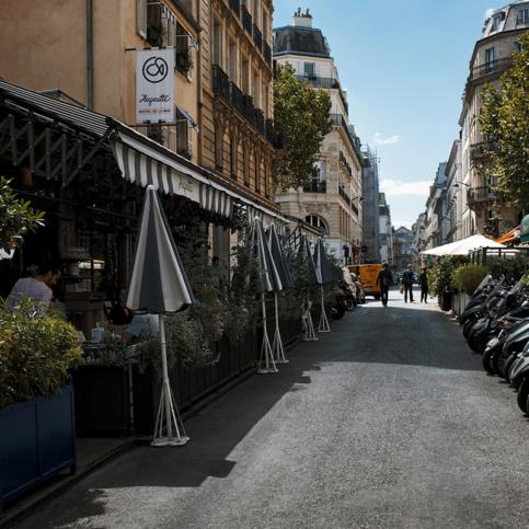 Seaside bistro, Huguette, in the neighbourhood of Saint-Germain-des-Prés