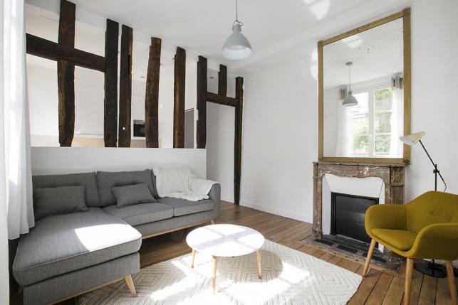 Separate living area Paris apartment