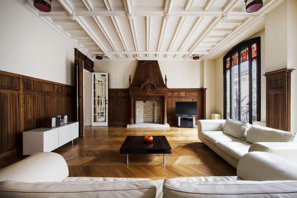 Luxury apartment in Paris 11 spaces and bright rooms