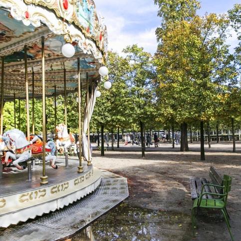 promenade aux Tuileries vivre à Paris location meublée