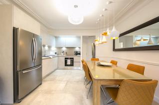louer appartement meublé cuisine séparée table à manger 3 chambres