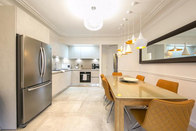 Haussmannian apartment equipped kitchen