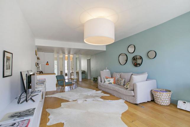 appartement meublé 3 chambres Paris cuisine prolongement salon