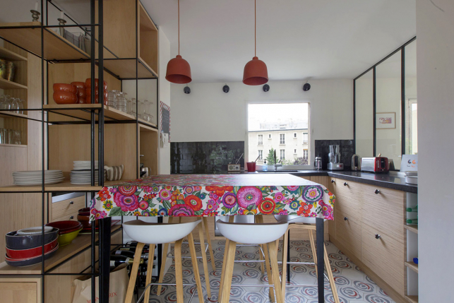 Furnished rental in Paris living kitchen inviting parisian apartment to rent