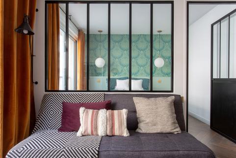 après rénovation appartement prêt à la location meublée chambre Paris 7