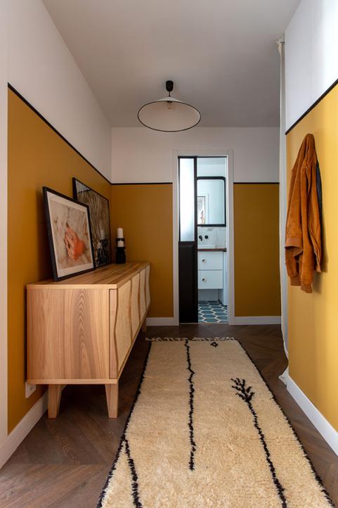appartement parisien quartier INvalides à louer couloir chambre séparée