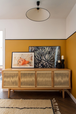 Sideboard in the corridor of the flat